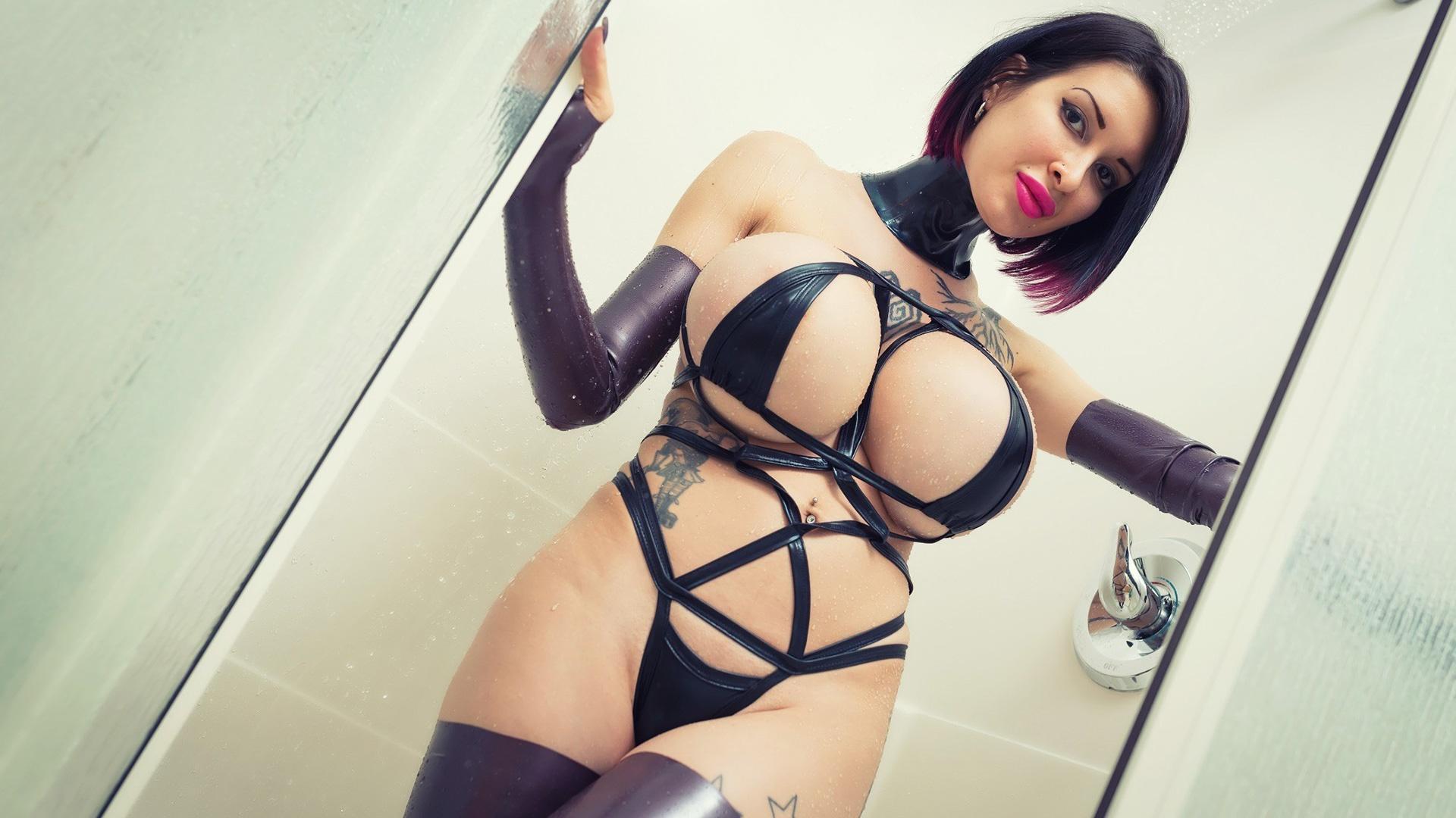 Ariane st amour sexy shower 6