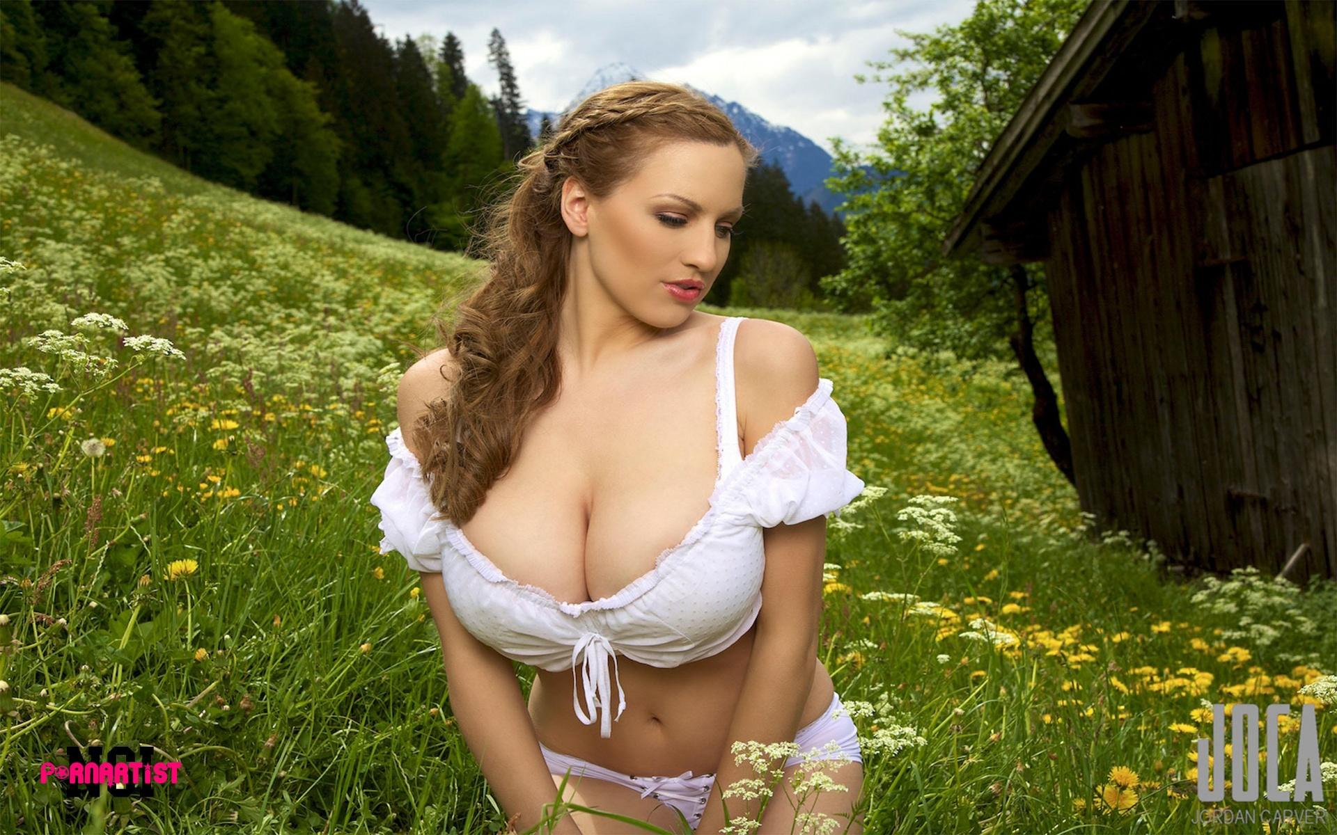 kendra lust tits