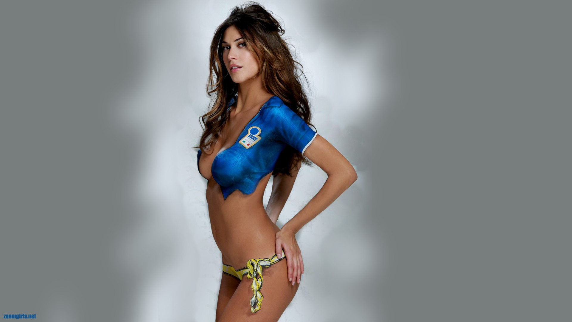 melissa satta sexy body paint italy football squad colors bikini