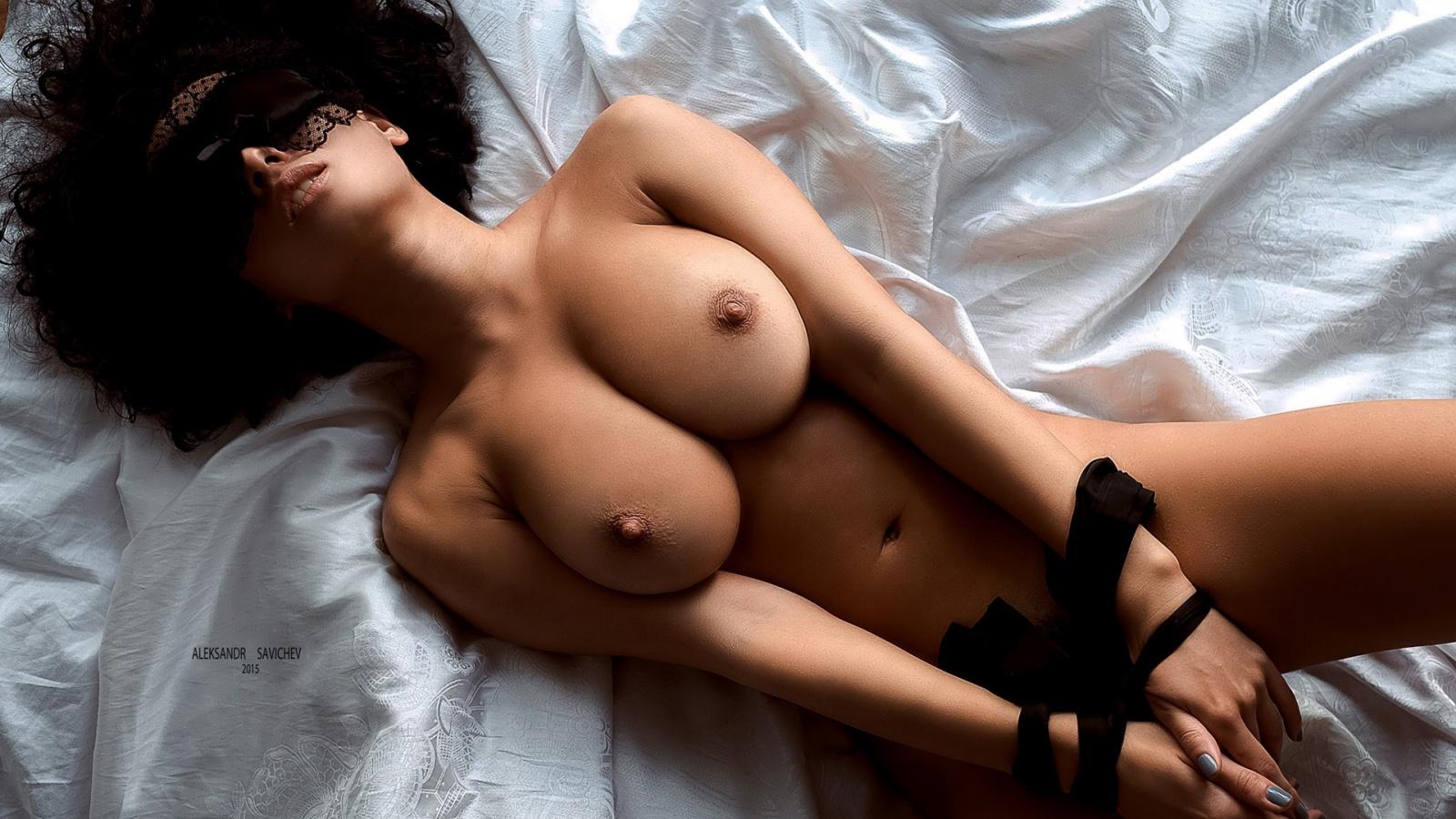 Winona aka pammie lee naked shall