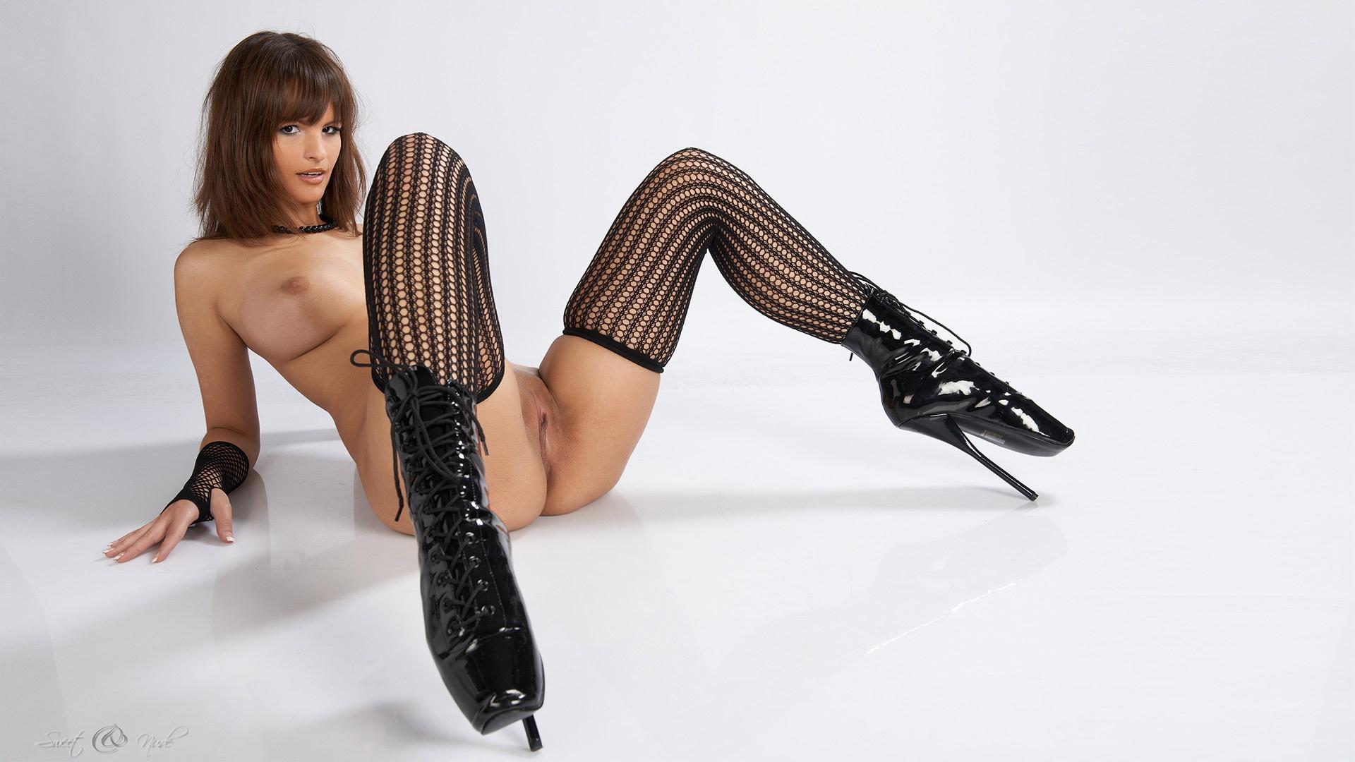 Women sexy heels nude wearing high