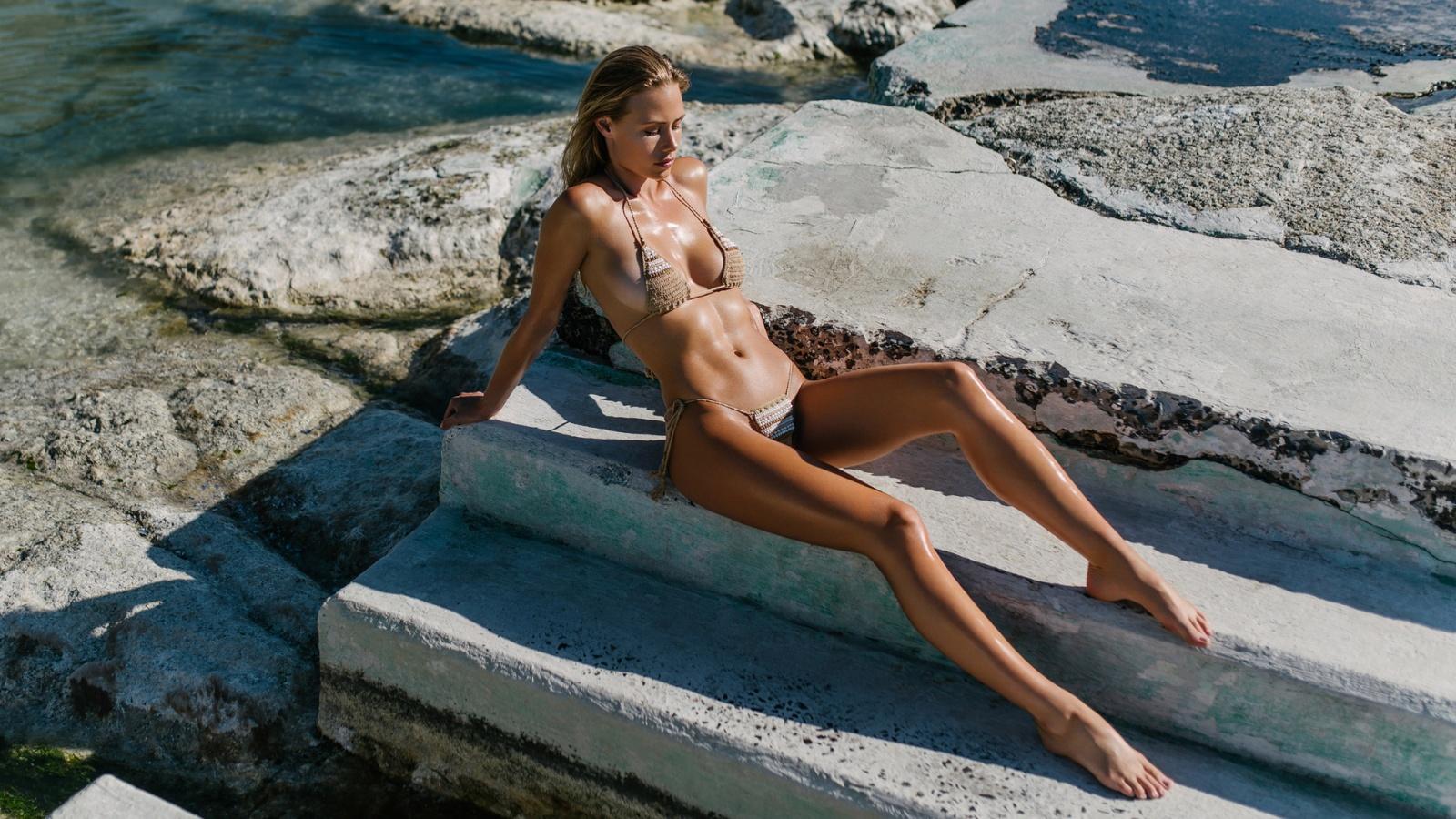 beach bikini voyeur