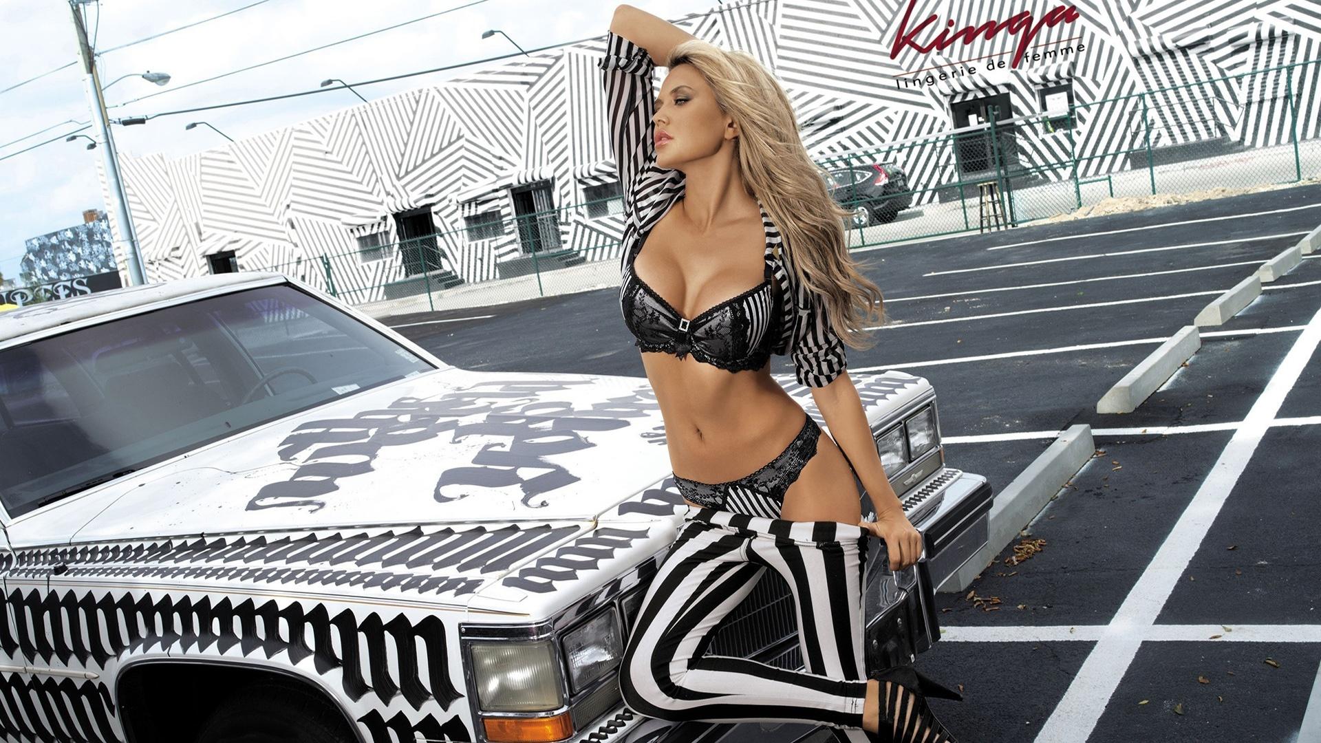 Tetyana Veryovkina hot lingerie and american car for Kinga