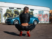 Anna Maria Eglit sexy back in tight leather pants and car