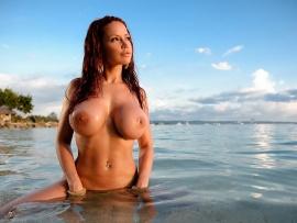 What necessary Bianca beauchamp wet and naked consider