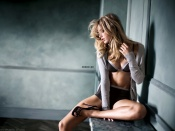 Doutzen Kroes sexy pose for hot lingerie ad campaign