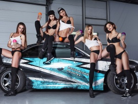 Hot babes and sport car (click to view)