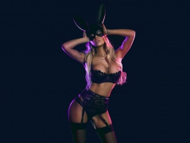 Hot blonde in bunny suit (click to view)