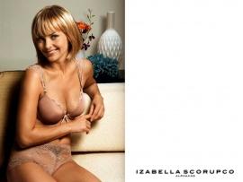 Izabella Scorupco naked picture
