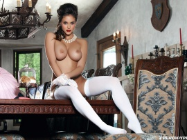 Jaclyn Swedberg (click to view)