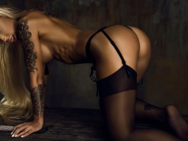 Lick and stockings (click to view)