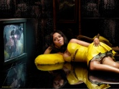 Lil Kim glamour yellow dress and hot legs