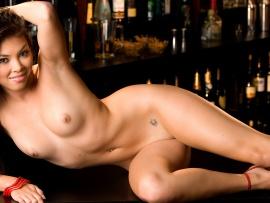 Lynn de la rosa nude manage somehow