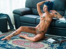 Hot nude korae idol