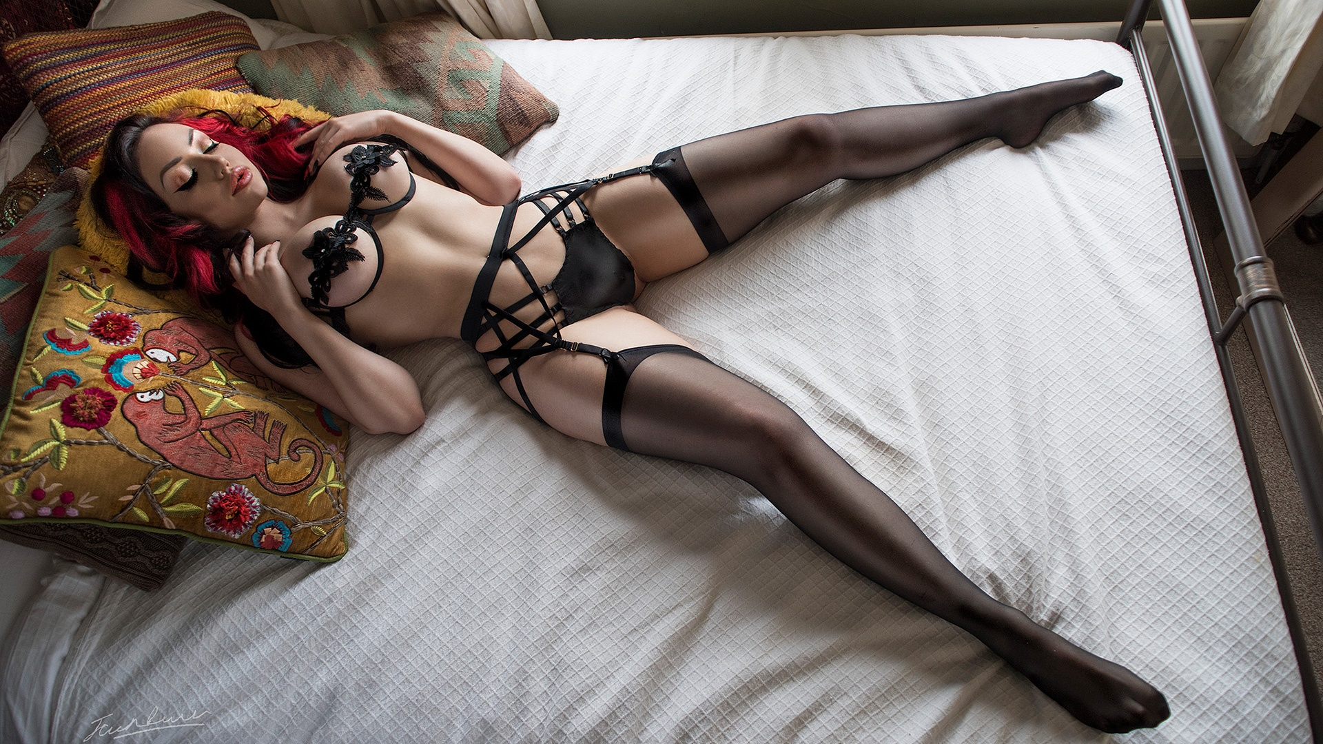 Black lingerie and red lips