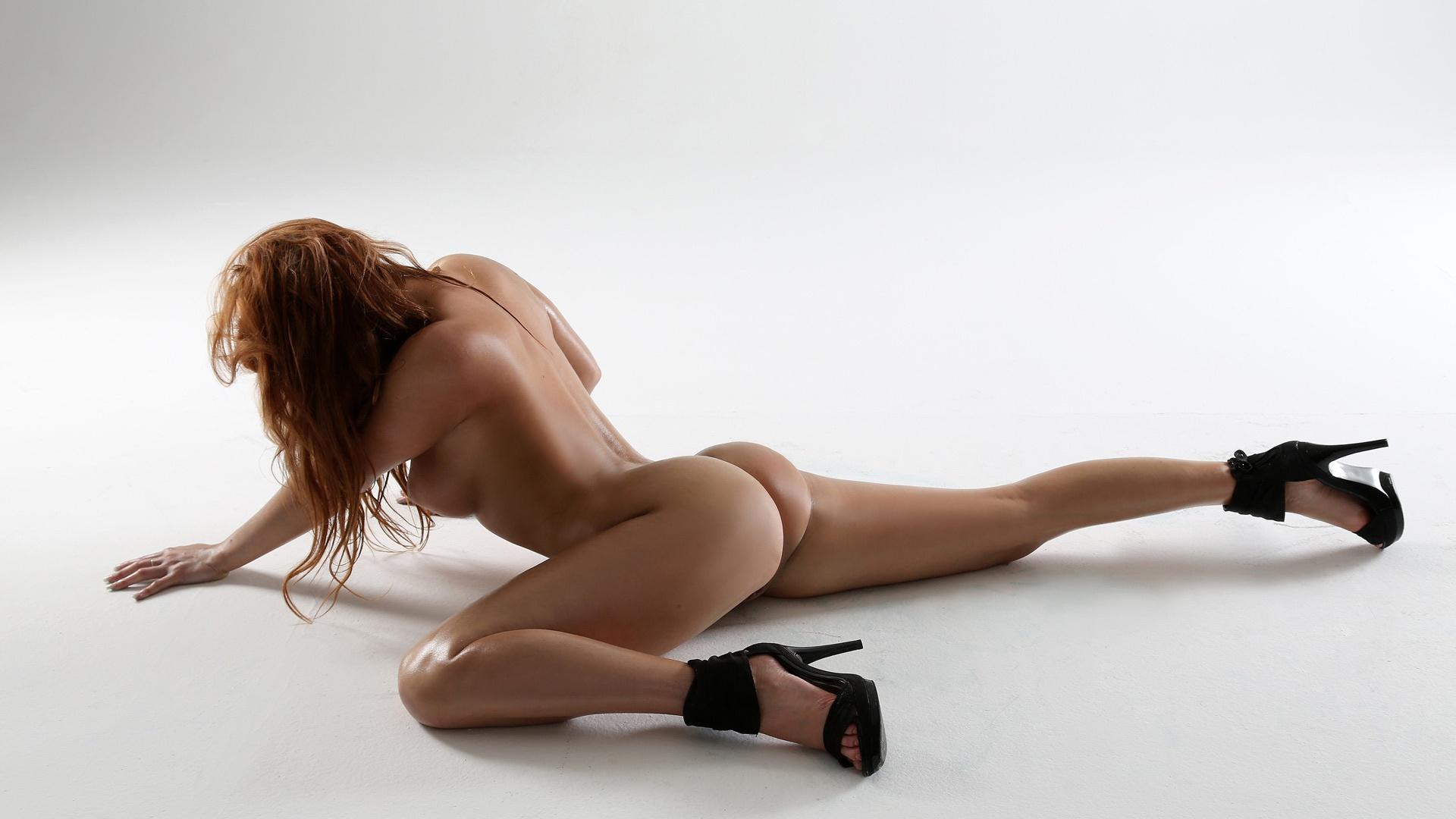 Erotic glamours models