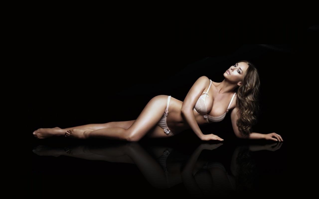 Jennifer love hewitt nude photos