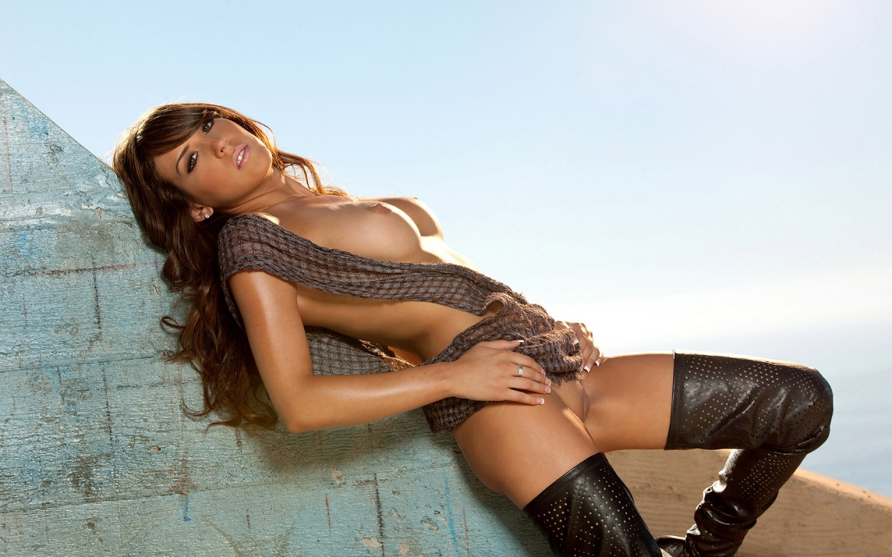 curry nude picture of a hot and sexy woman wallpaper 1280x800 nude