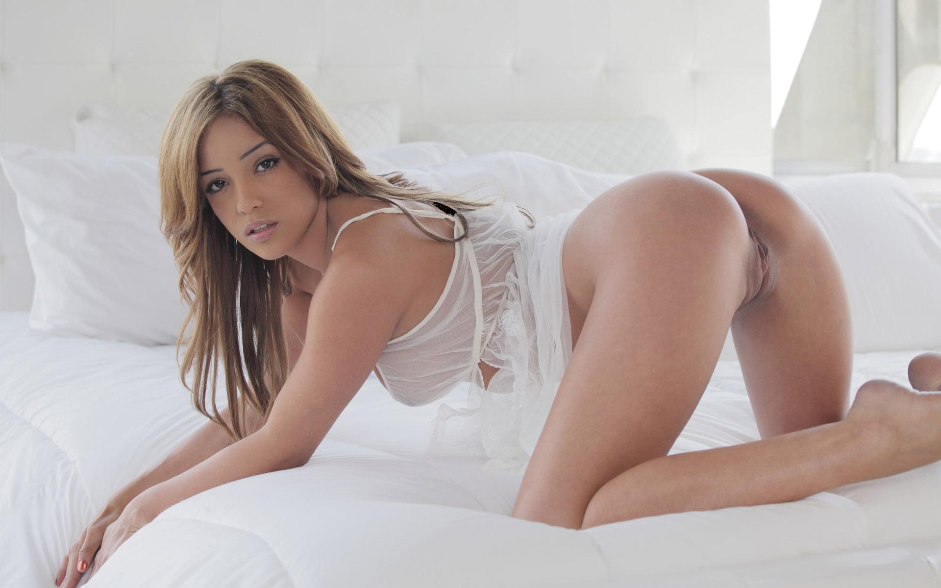 Melanie rios nude model