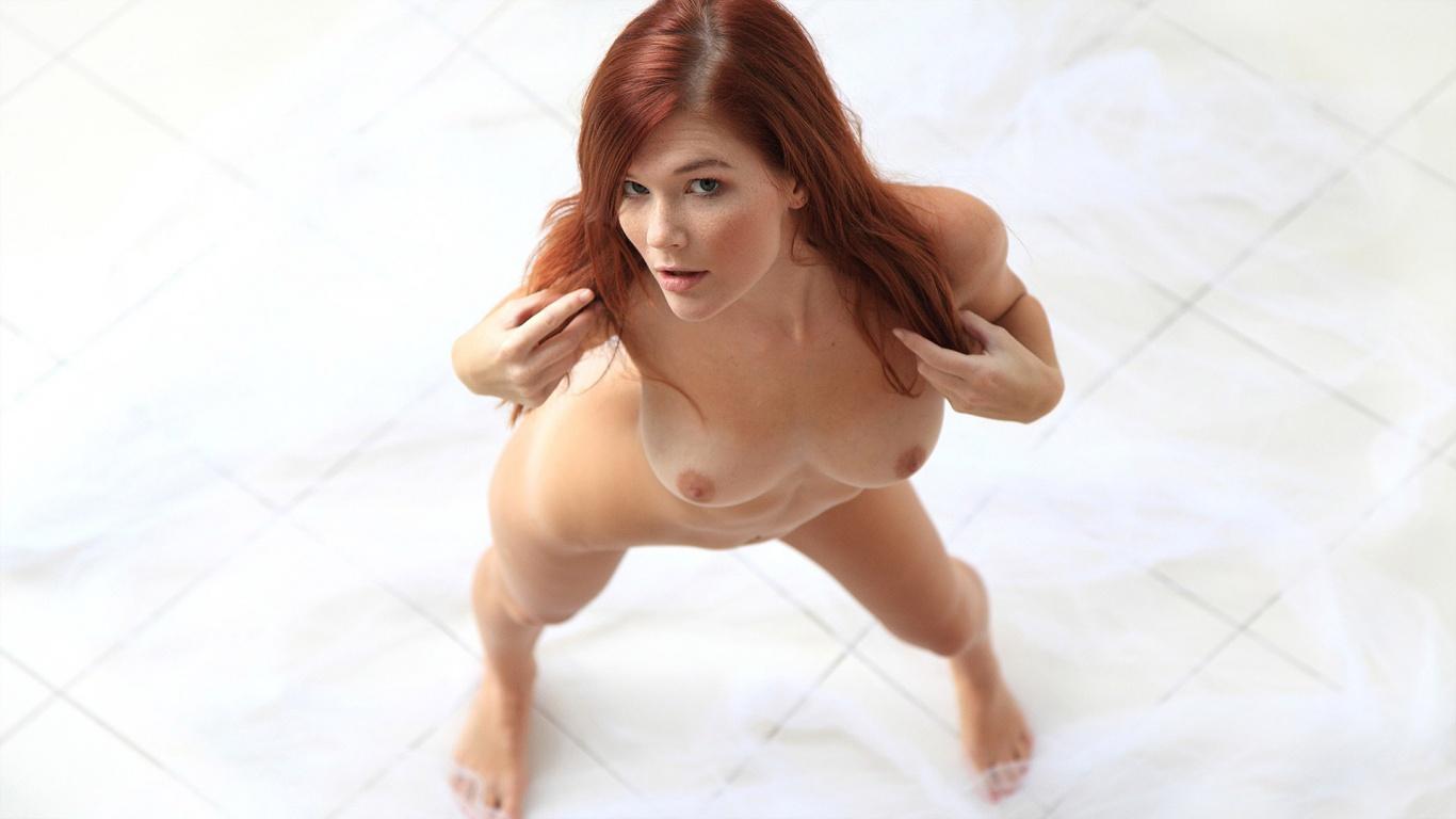 big boobed girls in small bikinis nude