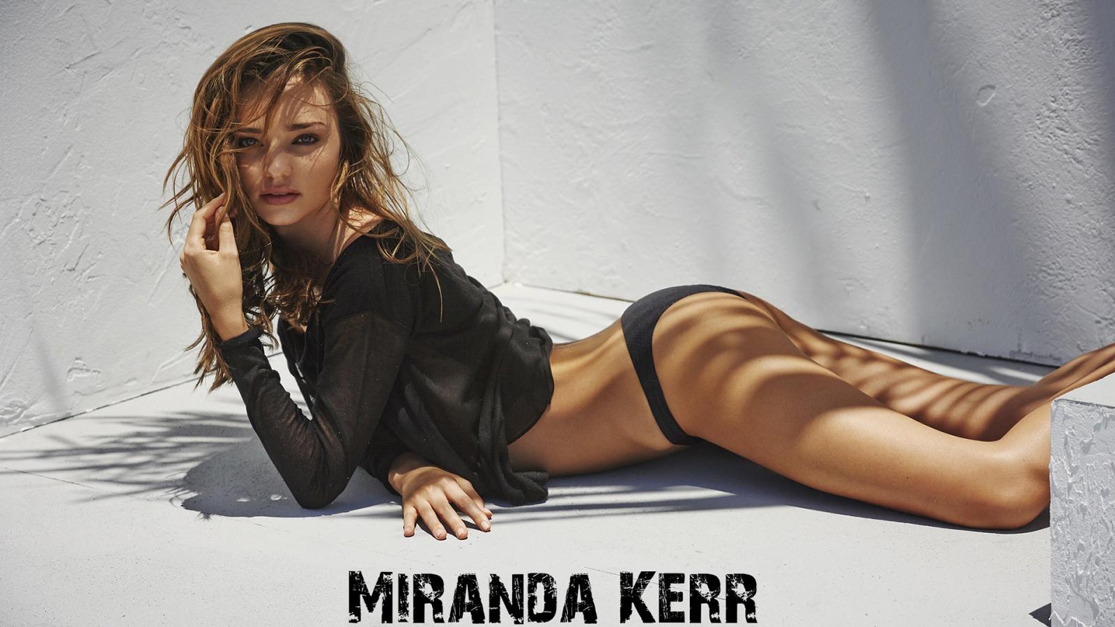 Miranda Kerr in hot bikini covering her tiny ass glamour photo hd wallpaper 1600x900 nude models ...