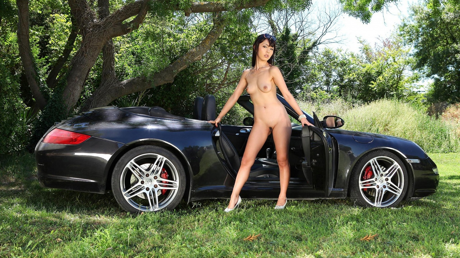 naked girl with porsche