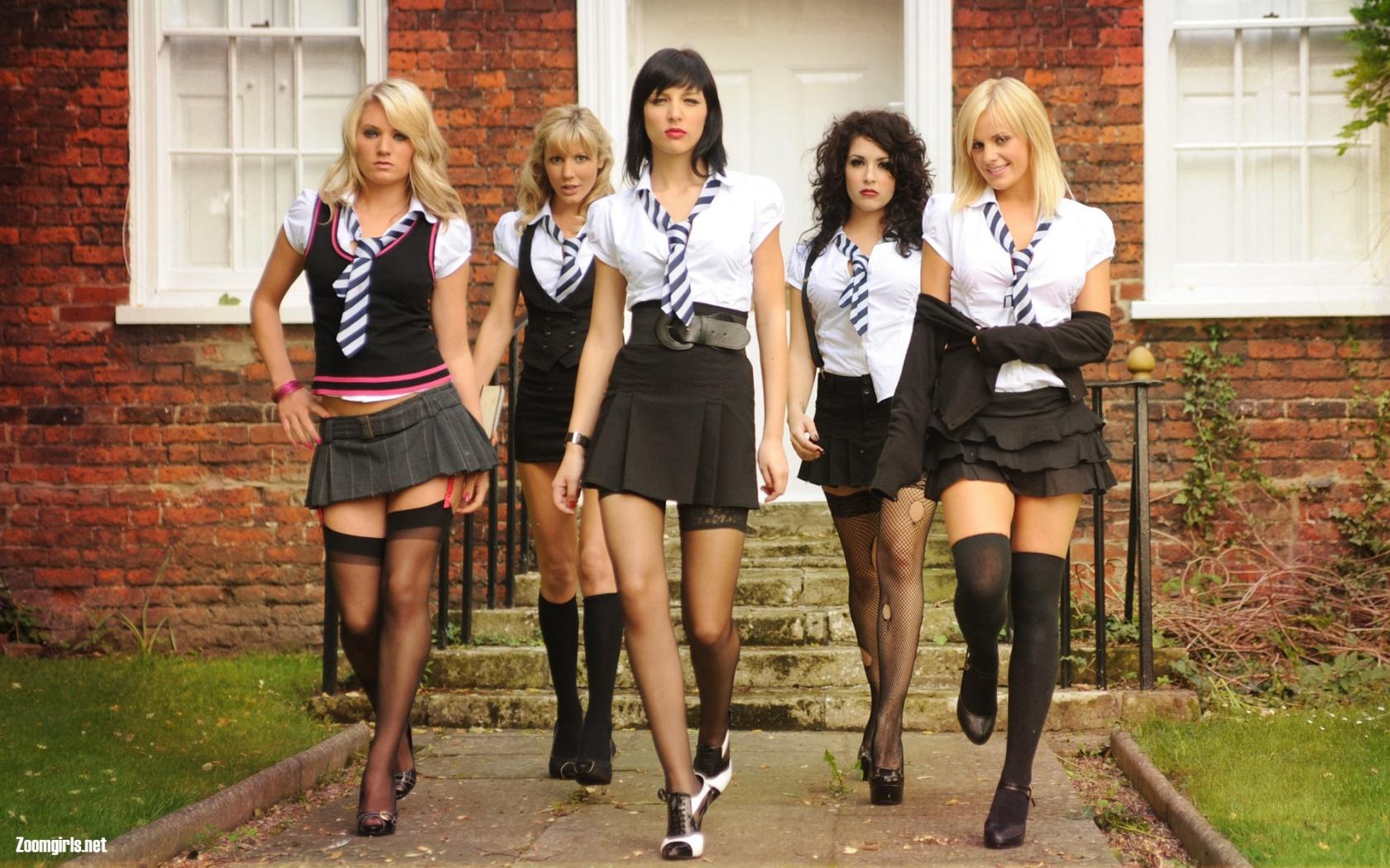 hhh-schoolgirls